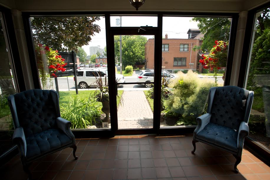 The foyer at Maple Leaf Dentistry facing Reid Street in Peterborough welcoming new patients